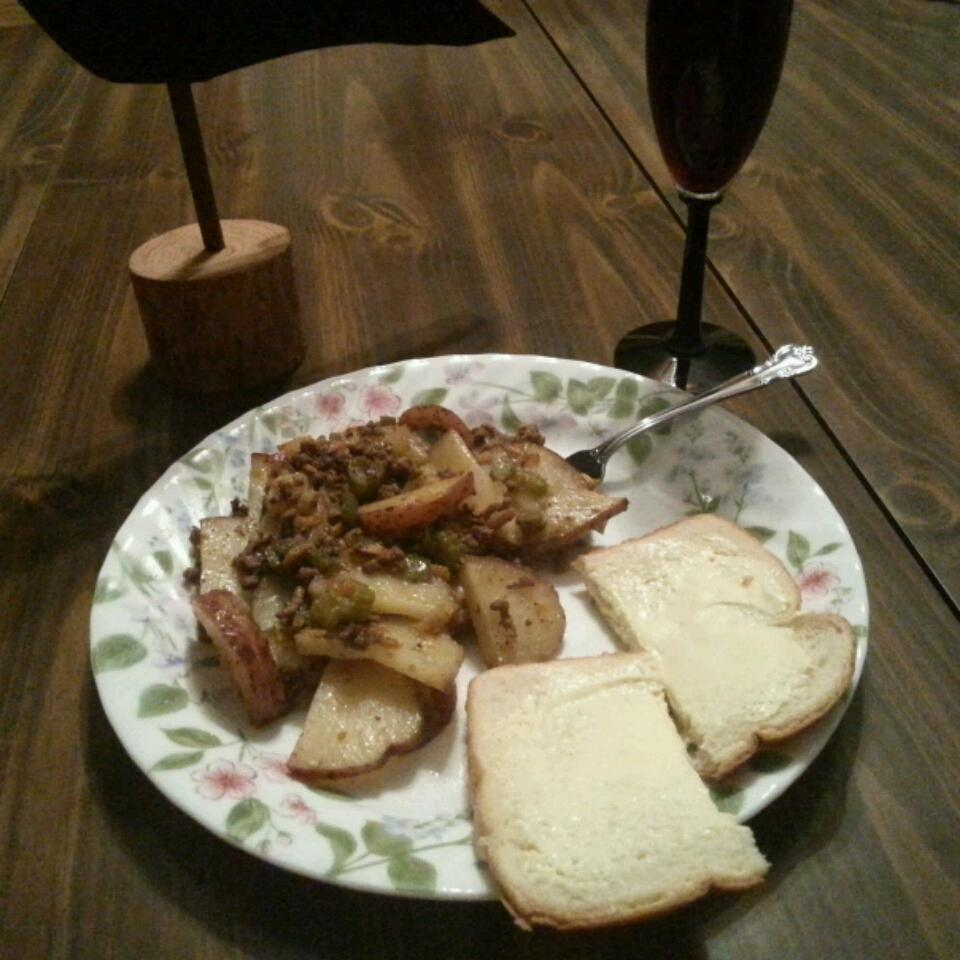 Serbian Ground Beef, Veggie, and Potato Bake