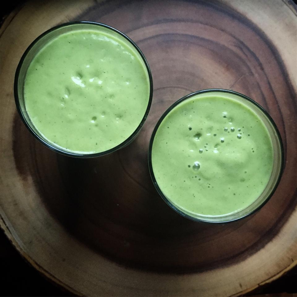 Green Smoothie with Maca Powder Alli Shircliff