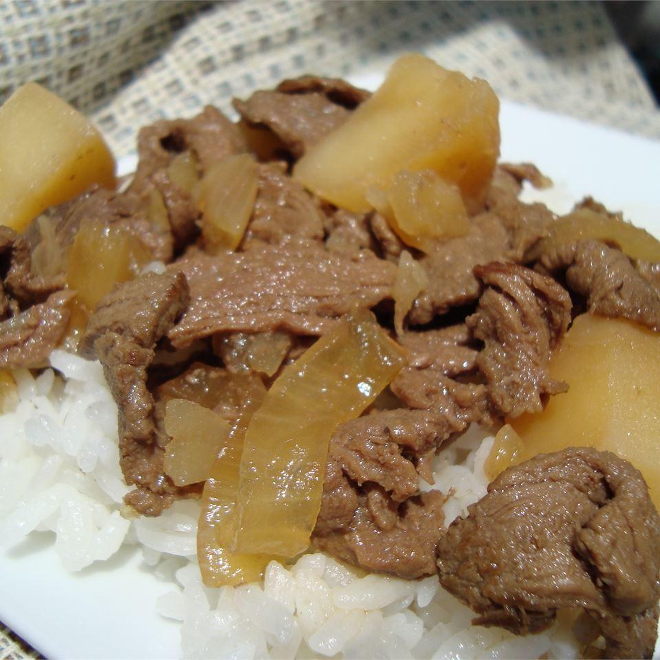 Nikujaga (Japanese-style meat and potatoes) Angela F.