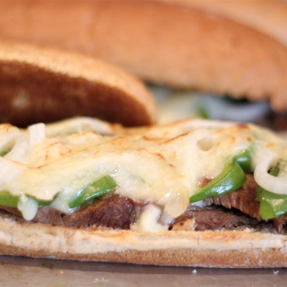 Slow Cooker Philly Steak Sandwich Meat