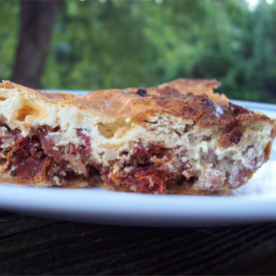 Sausage and Sun-Dried Tomato Quiche Stephanie