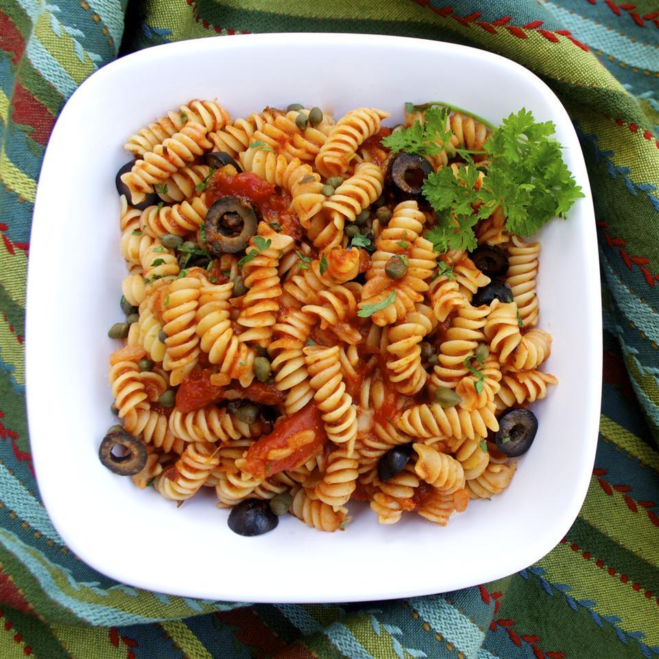 Claudio's Easy Rotini Puttanesca
