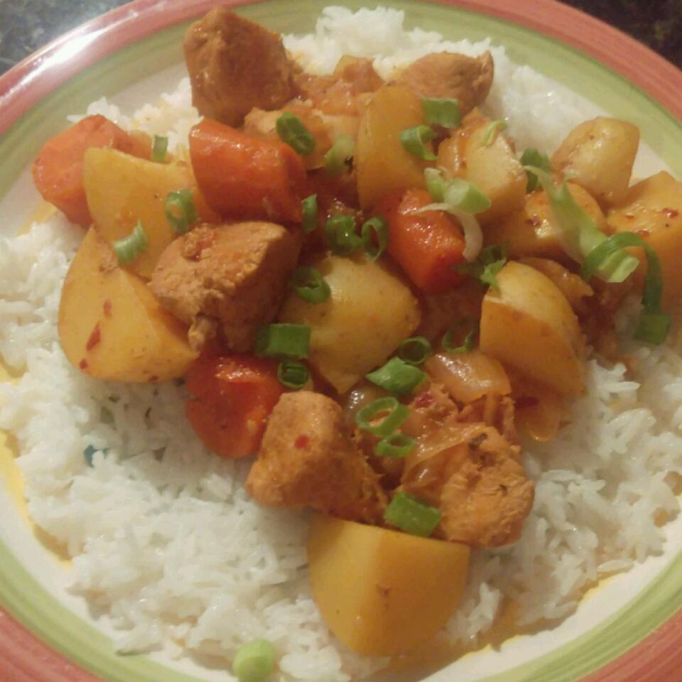 Spicy Korean Slow Cooked Chicken (Dhak Dori Tang) funinthesun
