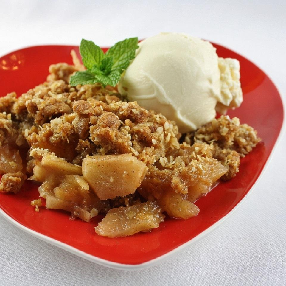 Apple Crisp with Oat Topping