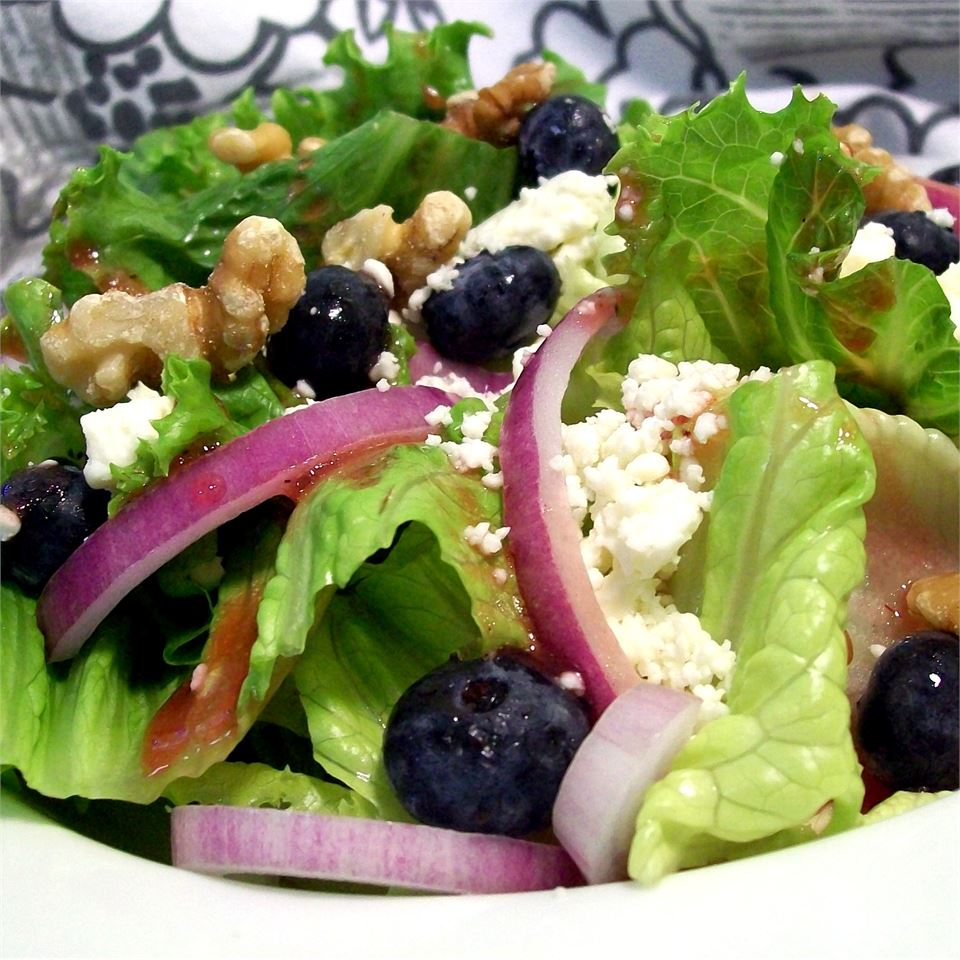 Blueberry Walnut Salad SunnyByrd
