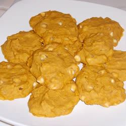 Pumpkin Pecan White Chocolate Cookies VALGAL343