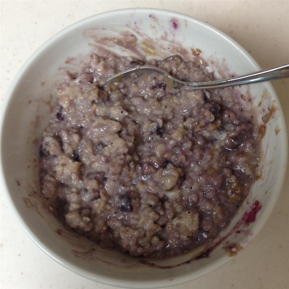 Greek Yogurt Oatmeal joshbibbee