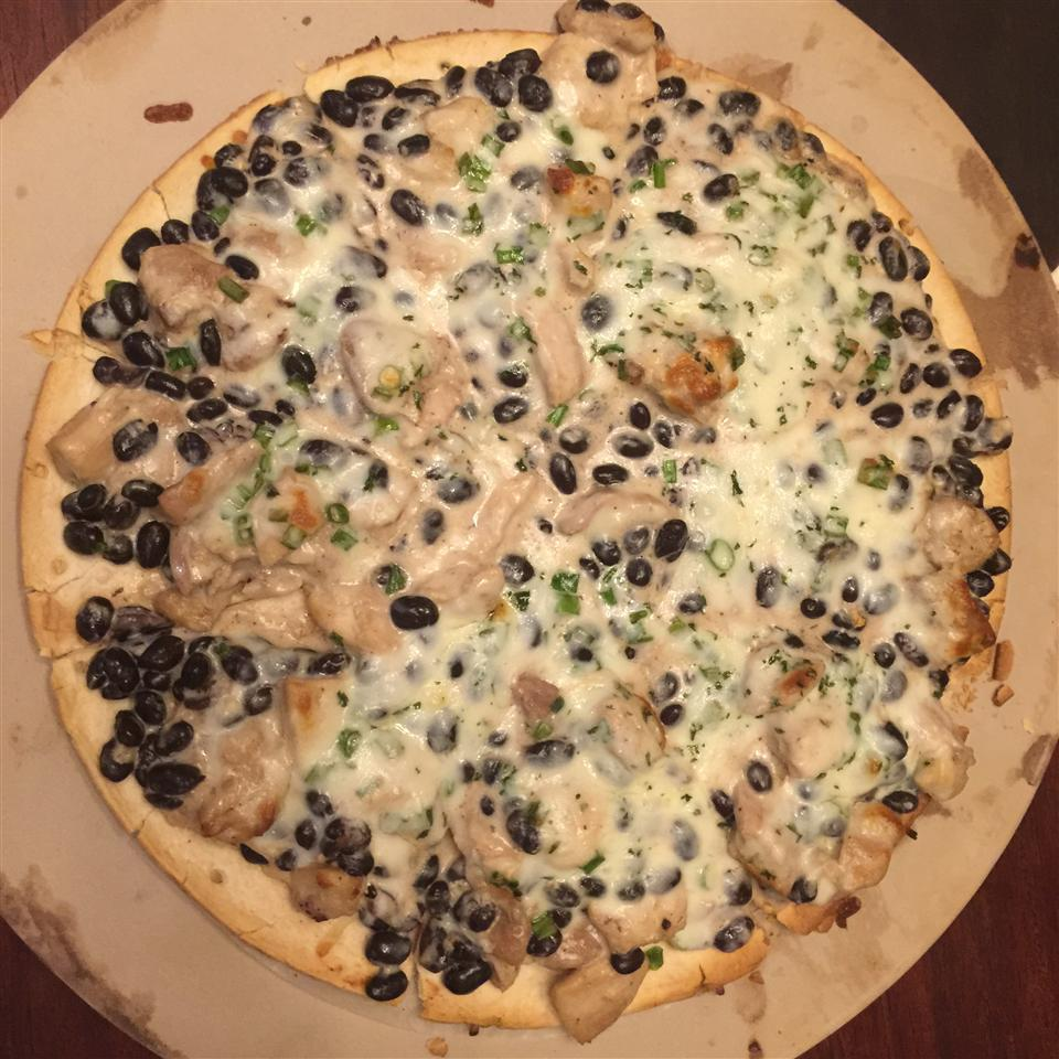Black and White Pizza Raio De Luz