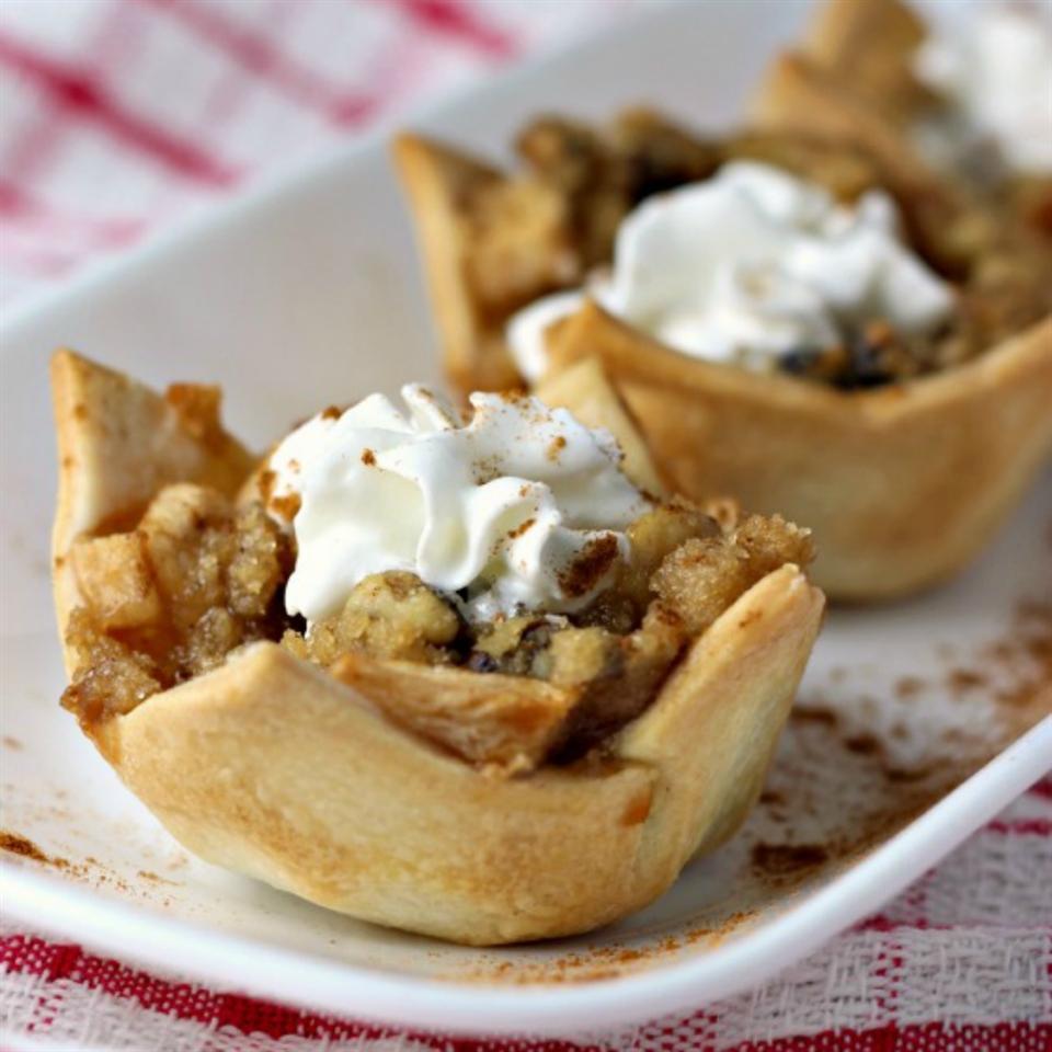 PAM's Mini Apple Pies with Almond Crumble ReneePaj