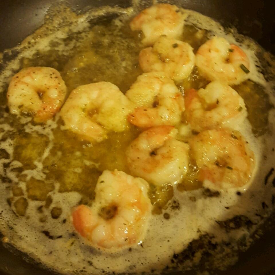 Garlicky Appetizer Shrimp Scampi CharParker92
