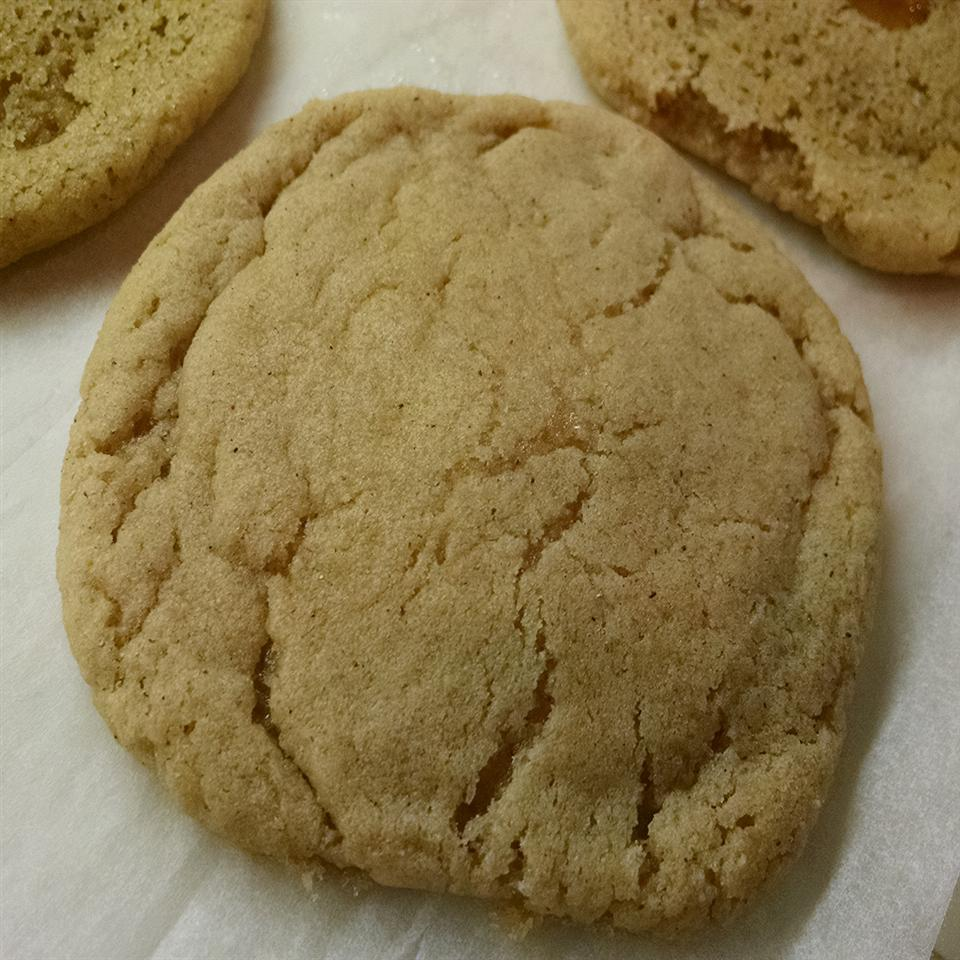 Apple Spice Caramel Cookies
