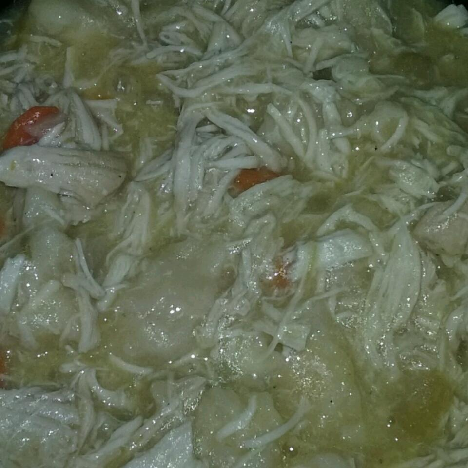 Easy Slow Cooker Chicken and Dumplings