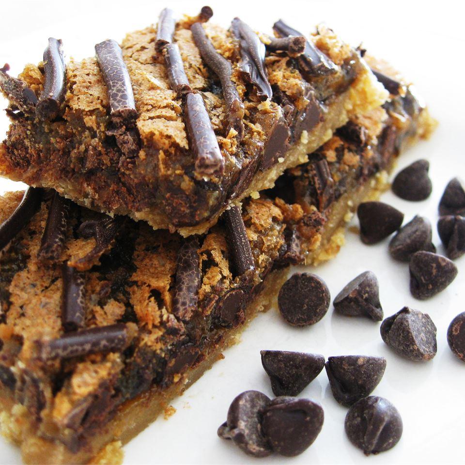 Chocolate Chip Dream Bars SWEATSUGAR