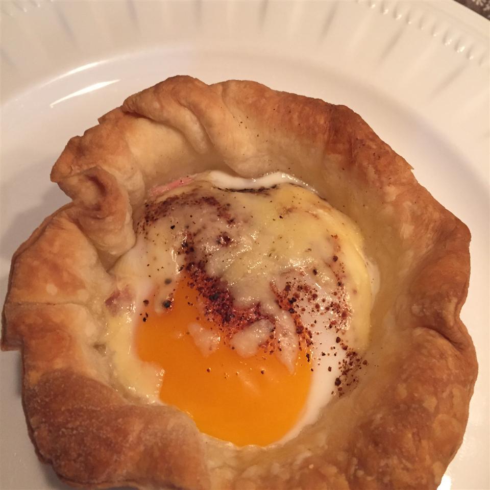 Bacon and Egg Breakfast Tarts Ava Goei-Vujovich