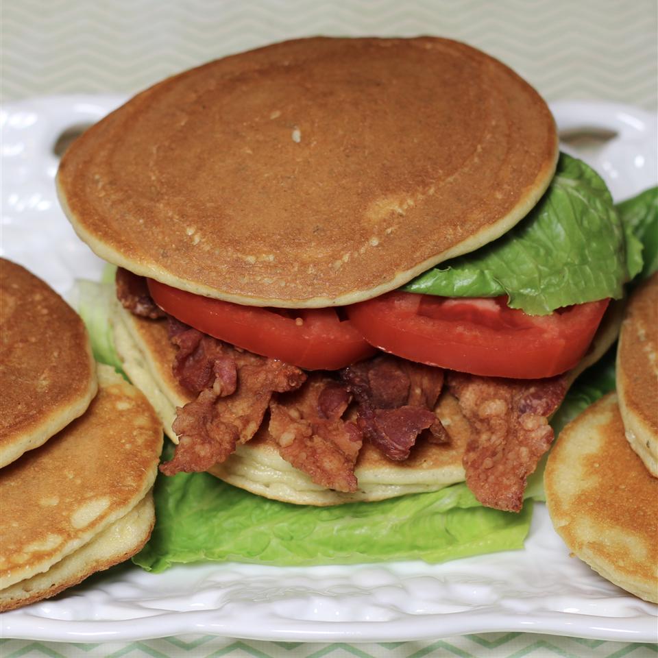 Almond Sandwich Bread Paula