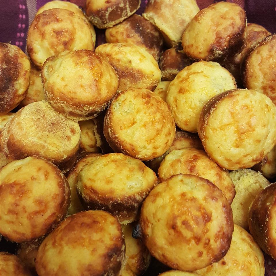 Spicy Cornbread Mini-Muffins DonnaP