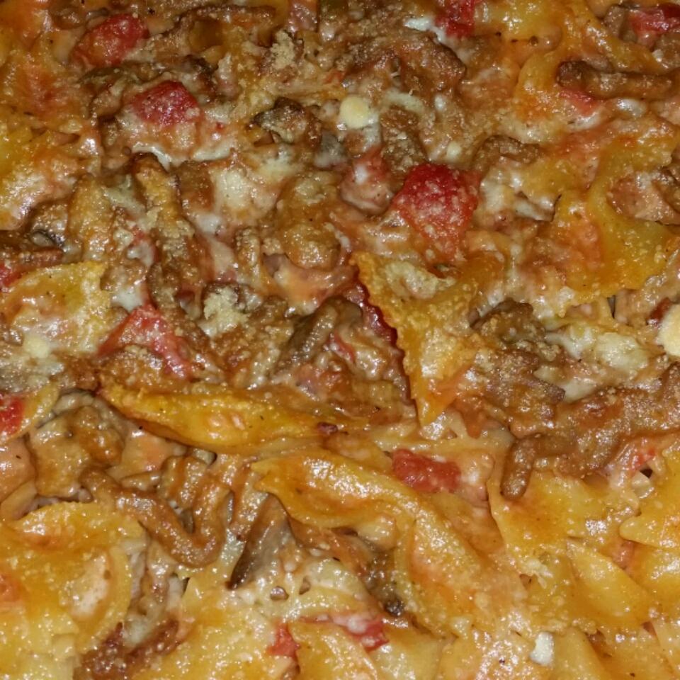 Cheesy Beef Noodle Casserole Aaron Webb