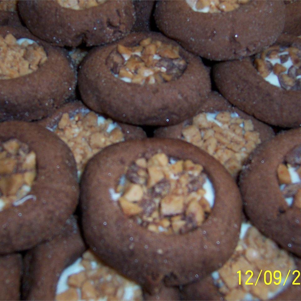 Santa's Chocolate Thumbprint Cookies crystal.cadger