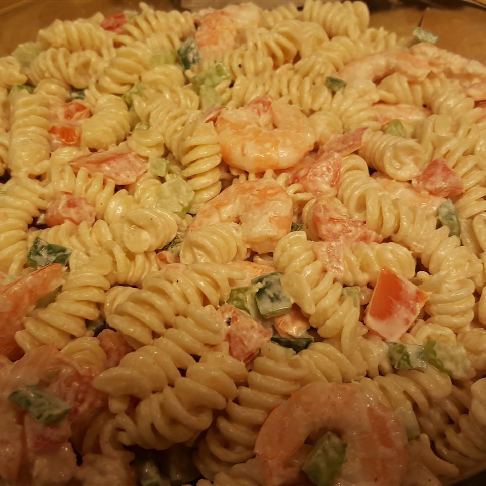 Simple Shrimp Pasta Salad wendy