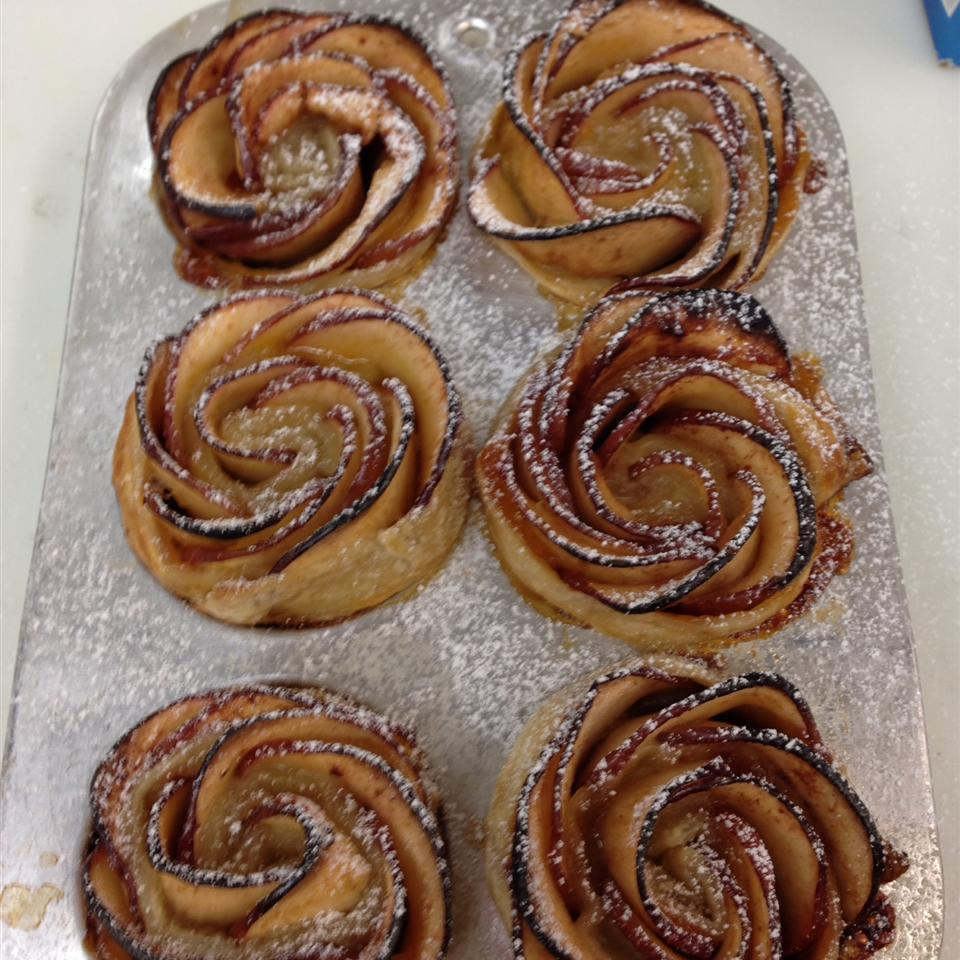 Baked Apple Roses 1Fatchef