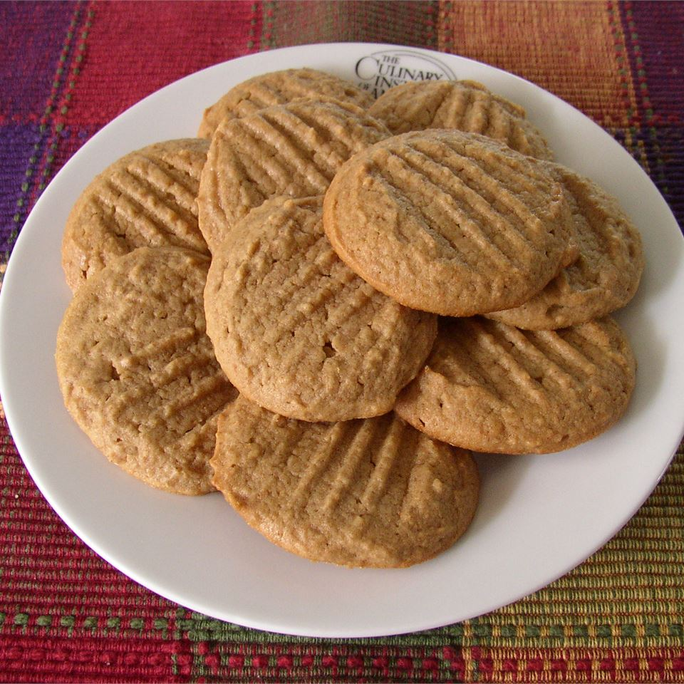 Easy Whole Wheat Peanut Butter Cookies VETTY430