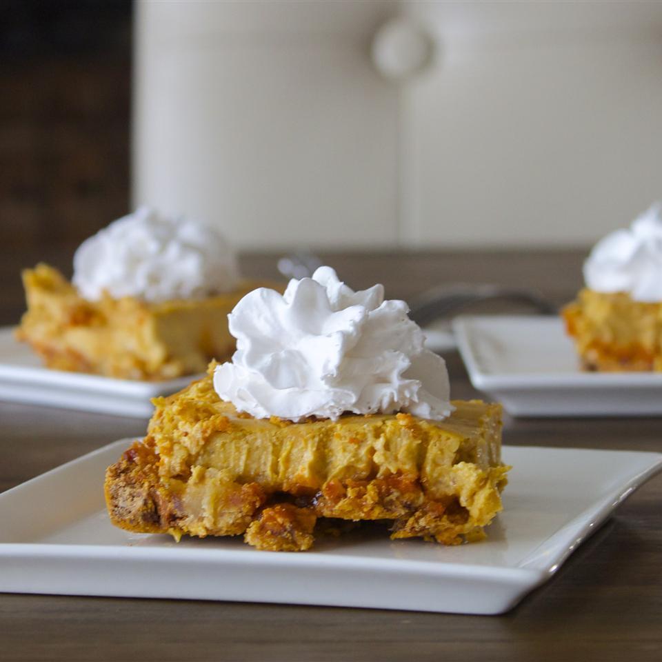 Pumpkin Cheesecake Squares TOMGIRL