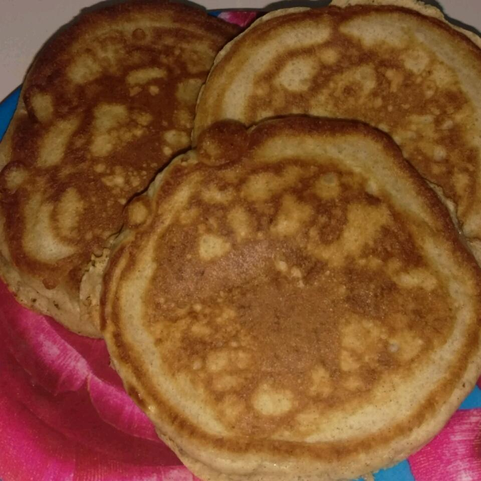 Granola Almond Pancakes zara13