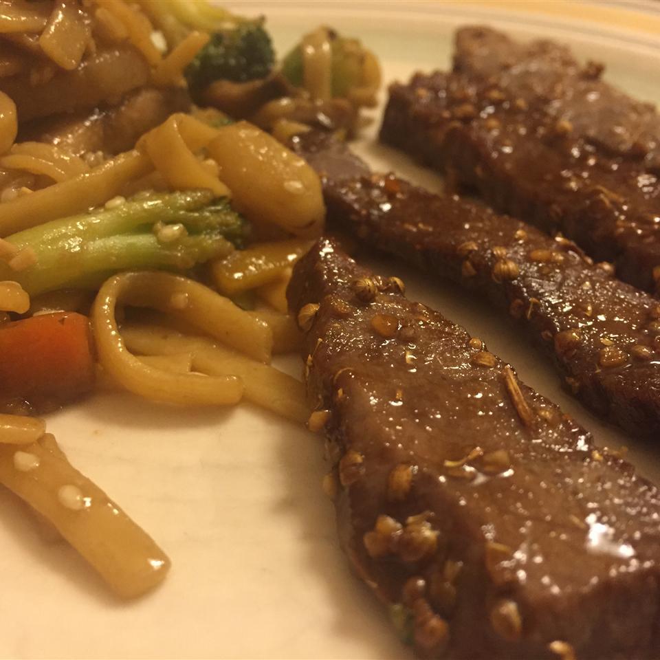 Thai Beef Dberg