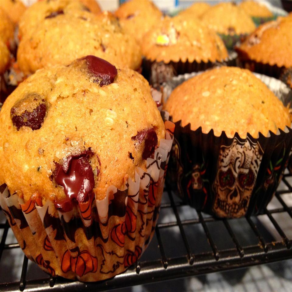 Pumpkin-Chocolate Chip Muffins