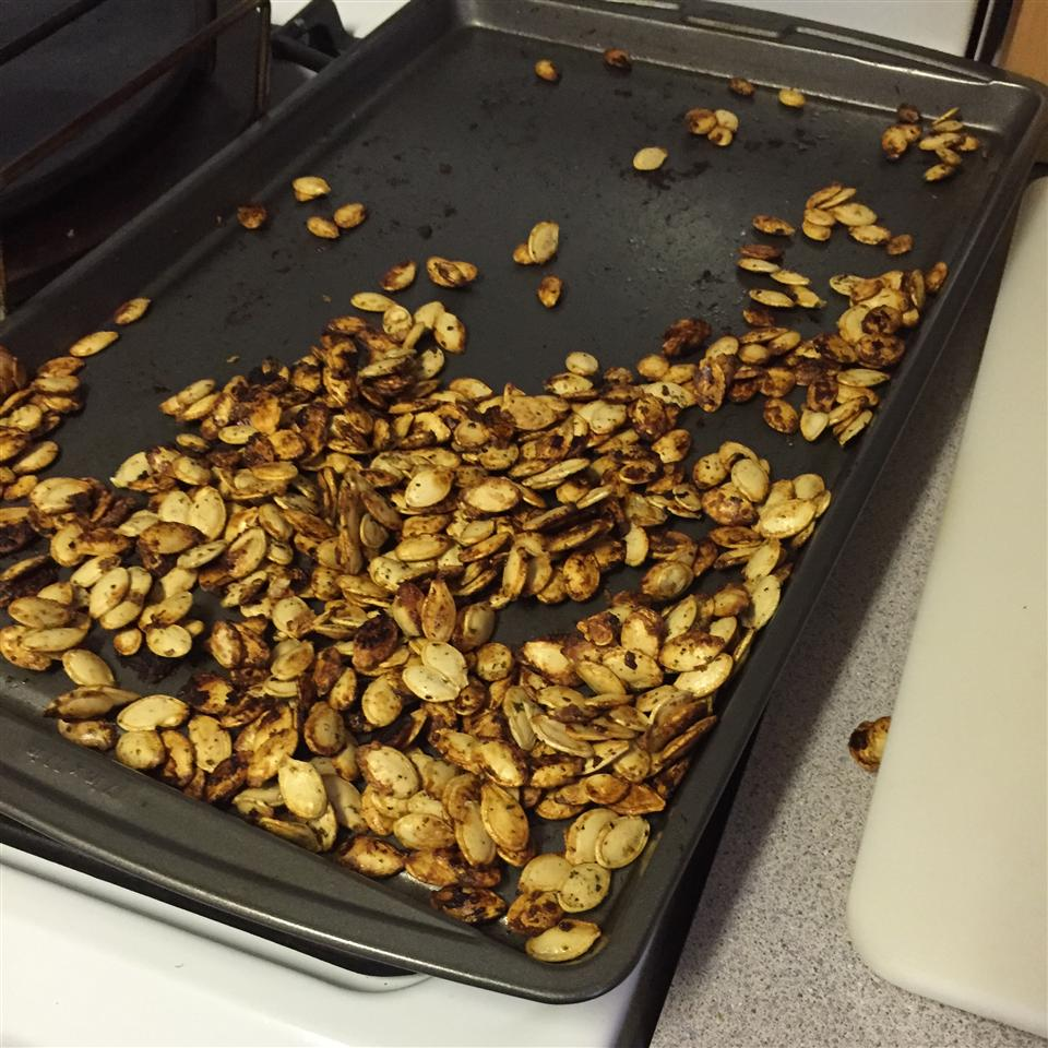 Baked Pumpkin Seeds rmwhitlo