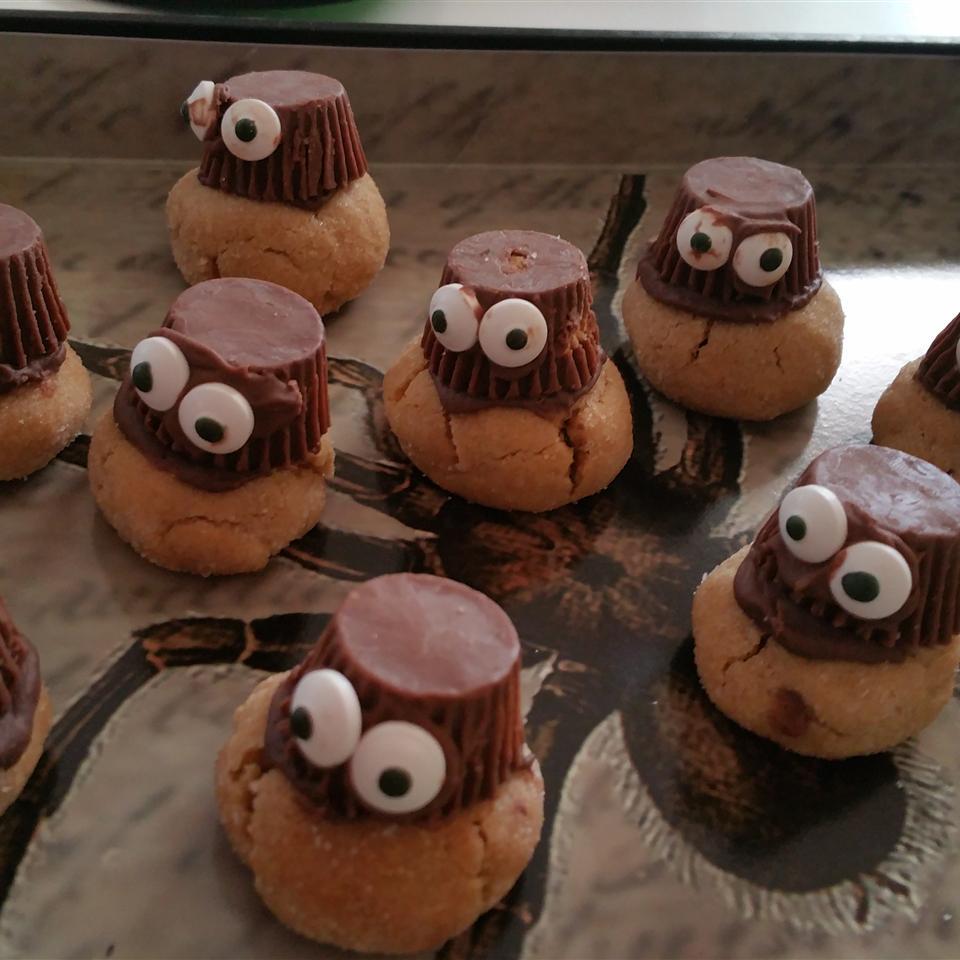 Peanut Butter Spider Cookies