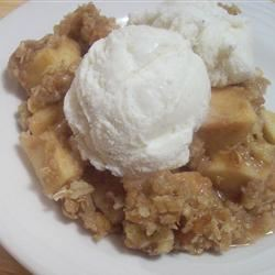 Slow Cooker Apple Crisp Rae