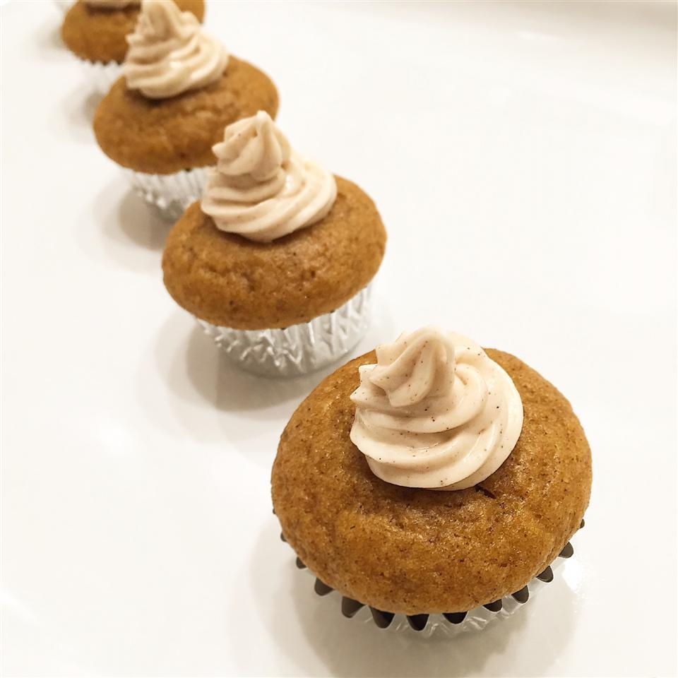 Pumpkin Spice Cupcakes xtina