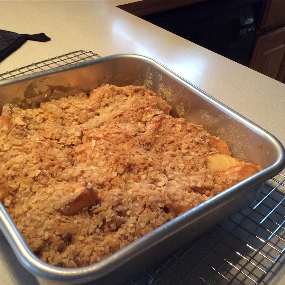 Caramel-Apple Crisp Cathy Bartsch
