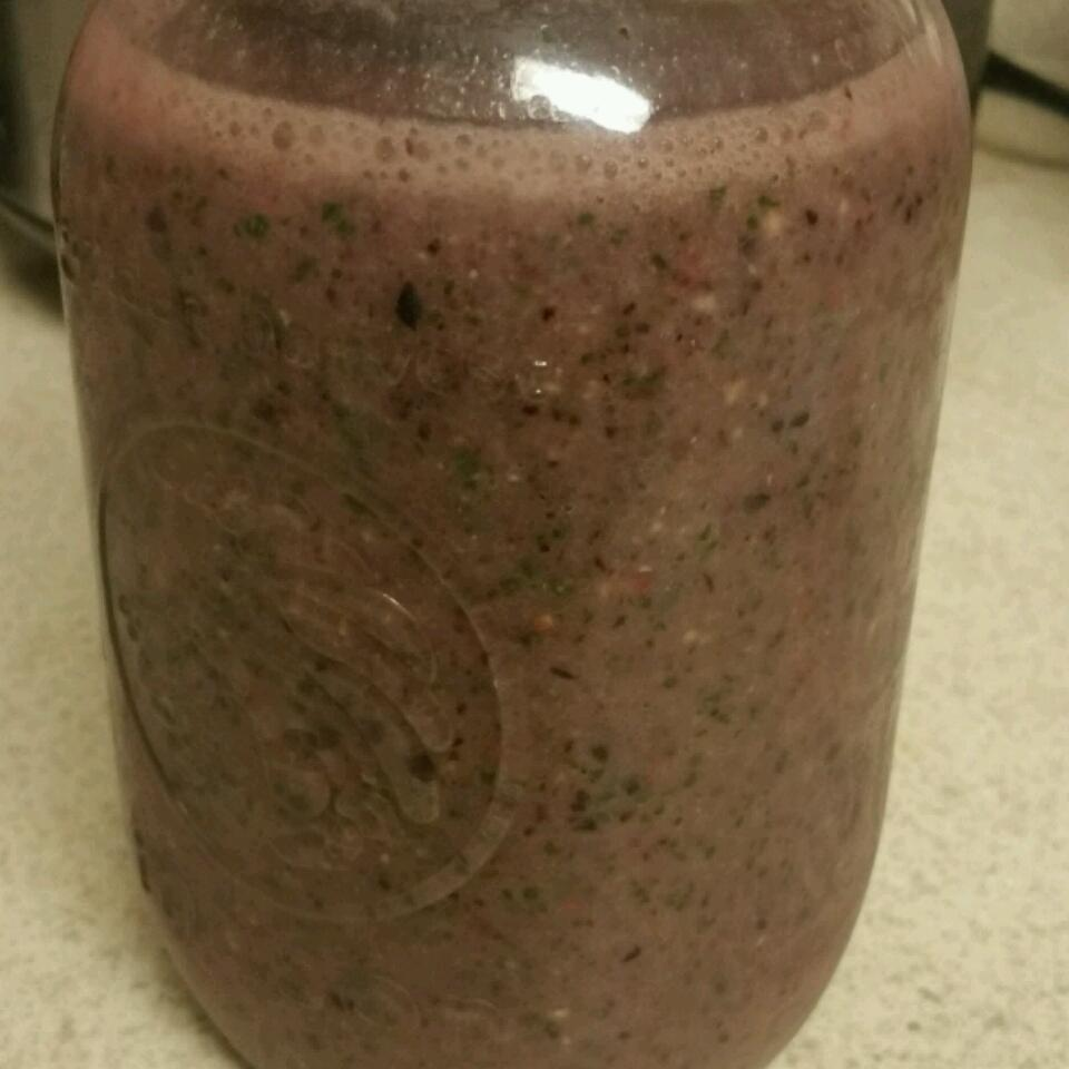 Kale and Berries Breakfast Smoothie chicana242
