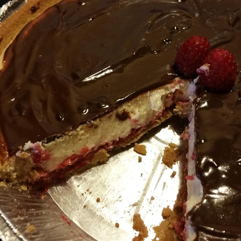 Chocolate Raspberry Cheesecake angelaw