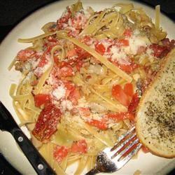 Carrie's Artichoke and Sun-Dried Tomato Pasta LaurenF88