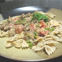 Pasta with Peas and Sausage mommyluvs2cook