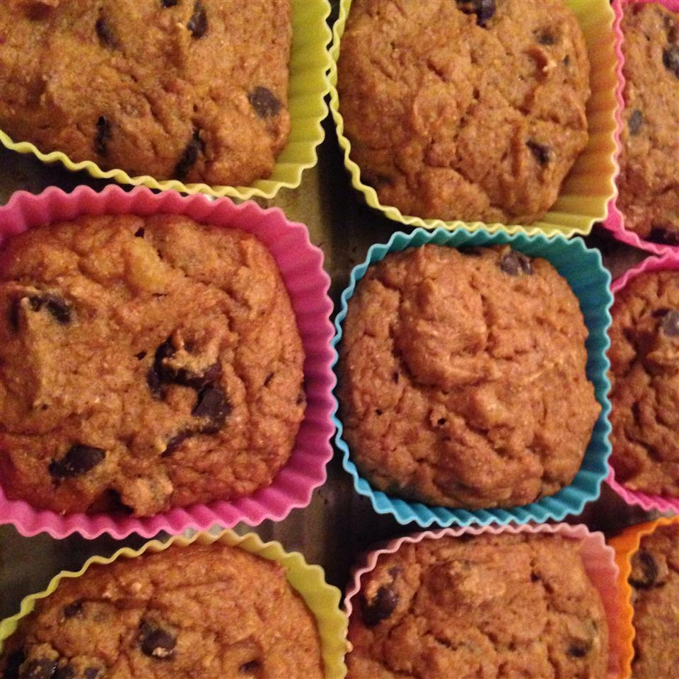 Low-Fat Vegan Pumpkin Chocolate Chip Muffins