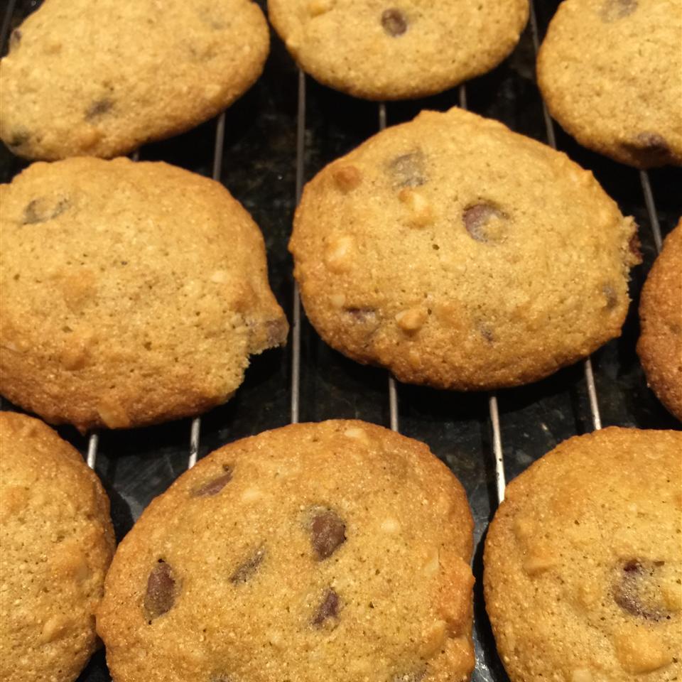Macadamia Nut Chocolate Chip Cookies