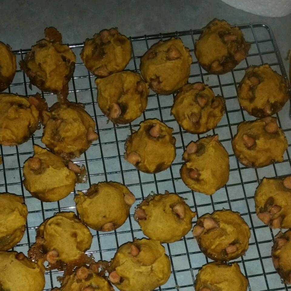 Mini Pumpkin Butterscotch Muffins