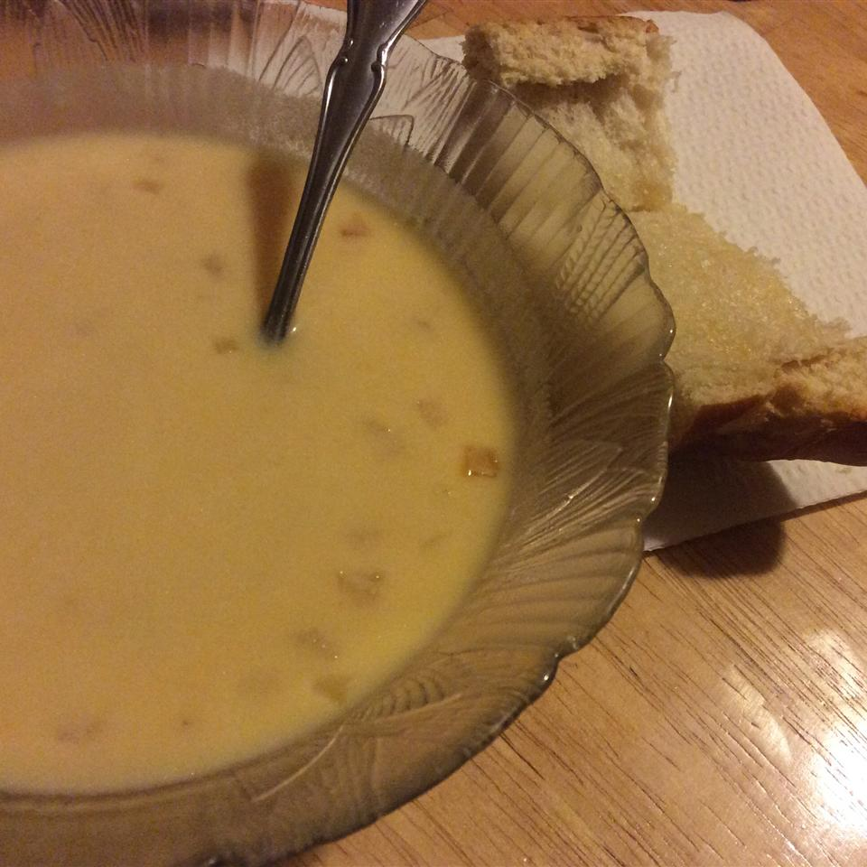 Creamy Cheddar Cheese Soup Diverse Cookers :-)