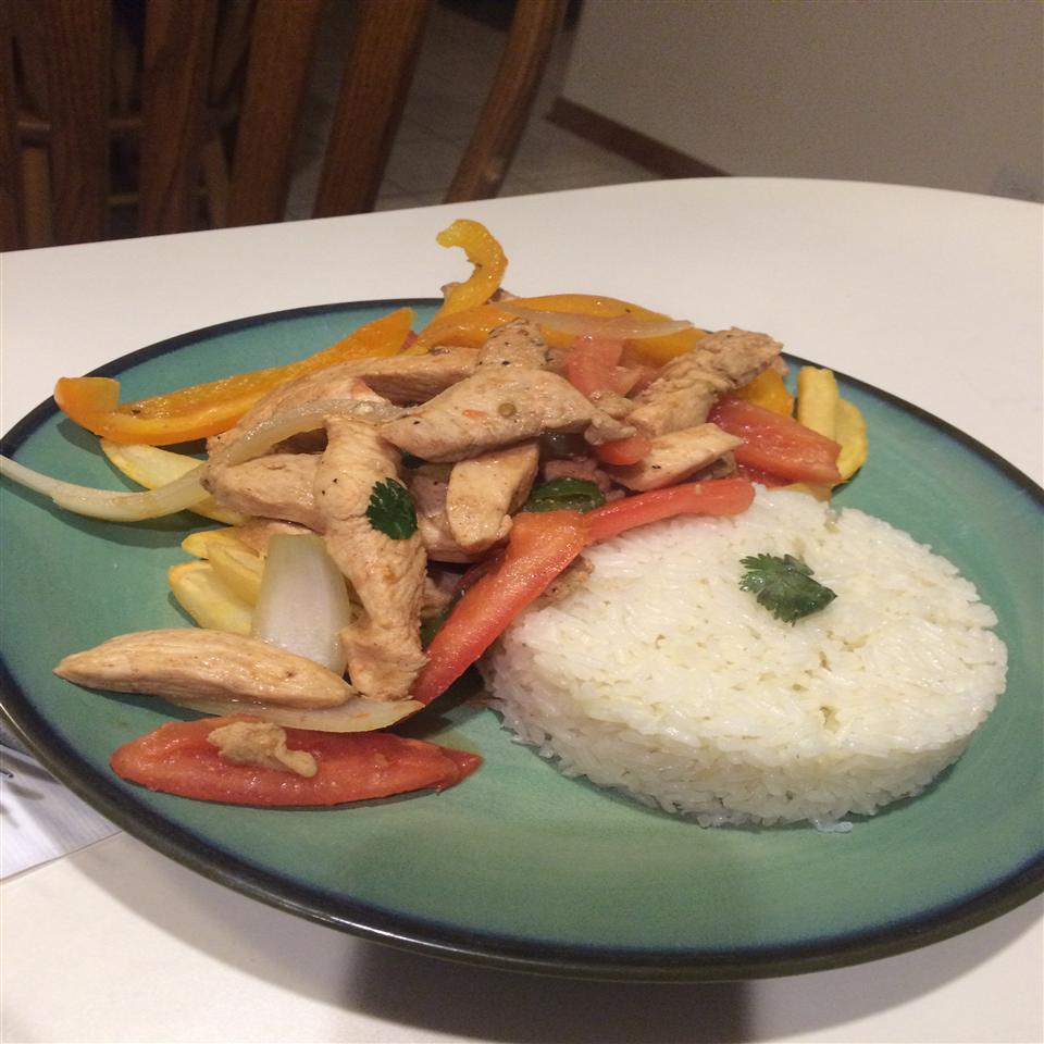 Pollo Saltado (Peruvian-Style Chicken Stir-Fry) Lauren W