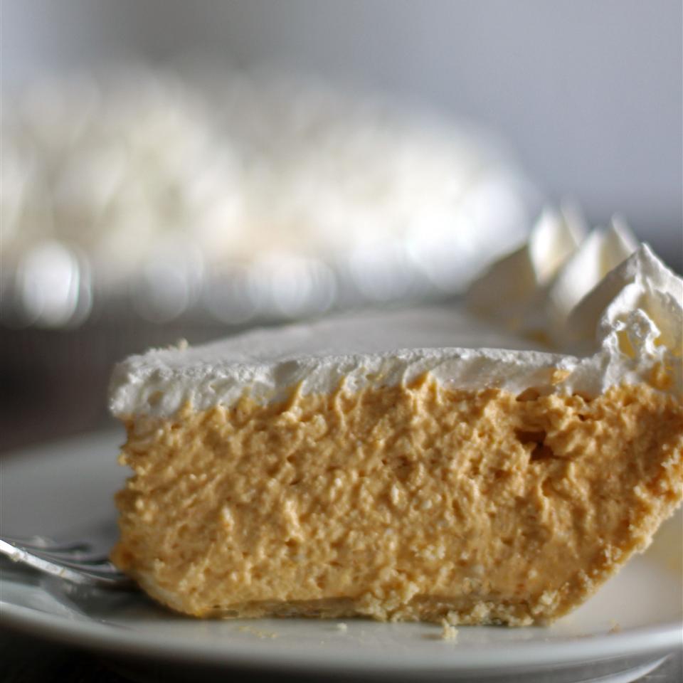 No-Bake Pumpkin Cheesecake Pie CoOkInGnUt