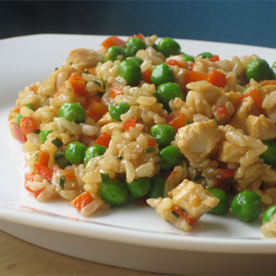 Garlic Chicken Fried Brown Rice Fit&Healthy Mom