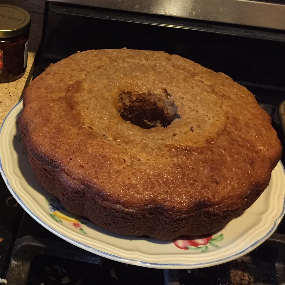 Southern Praline Pecan Cake