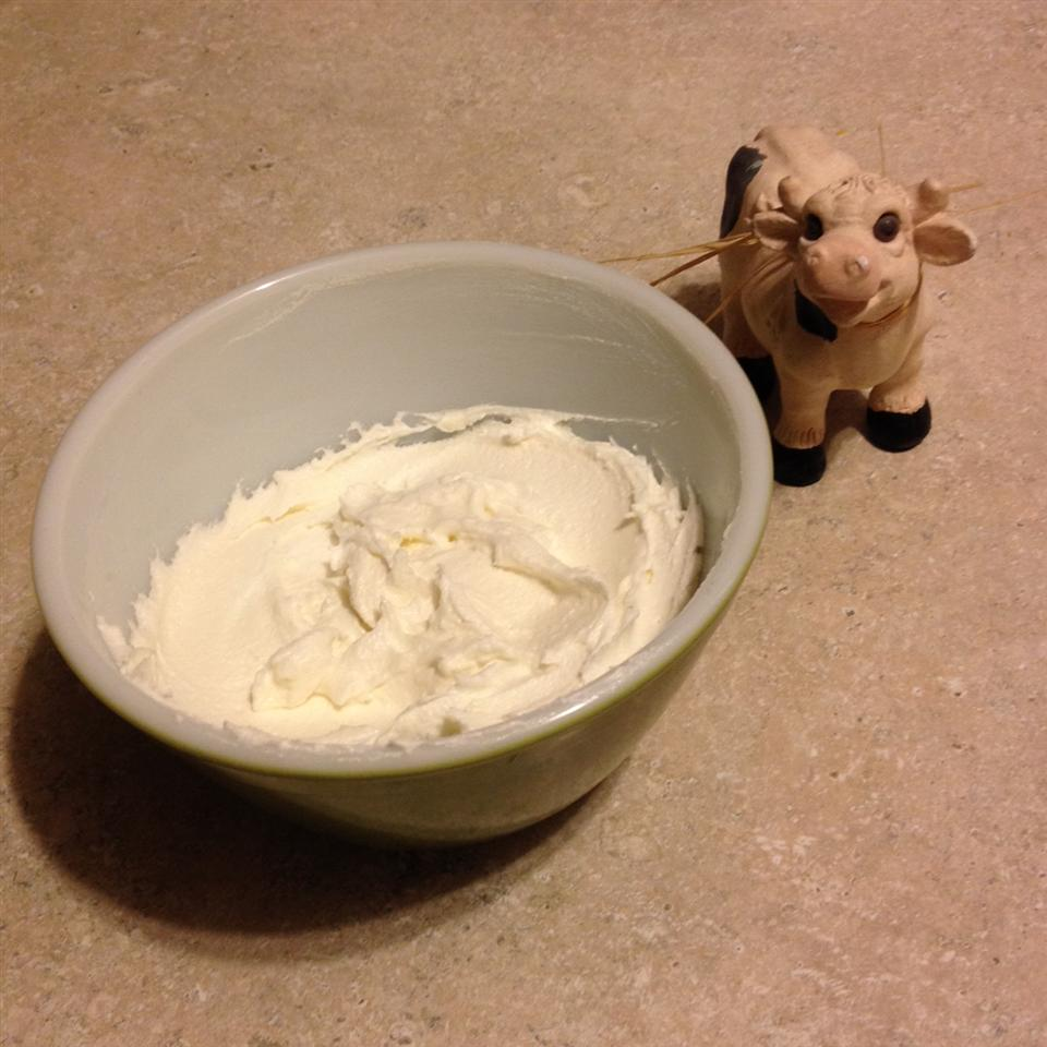 Holland Cream (White Cream Filling)