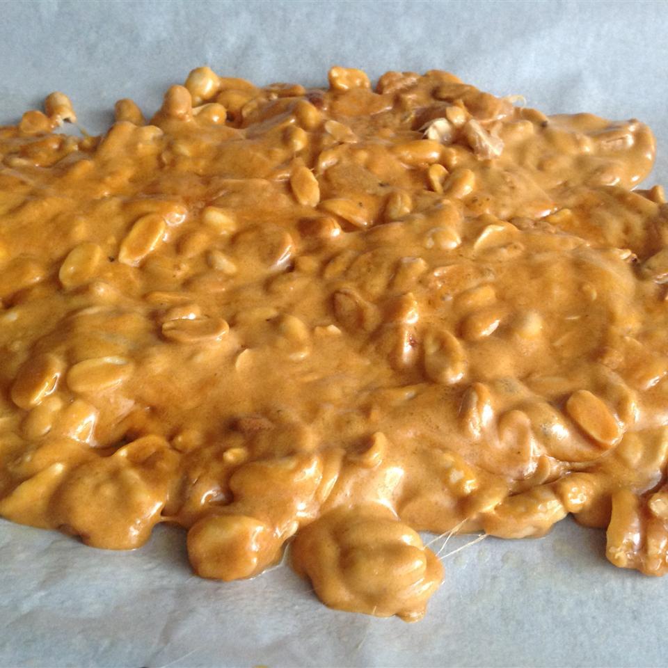 Easy Microwave Peanut Brittle Nita Wyatt