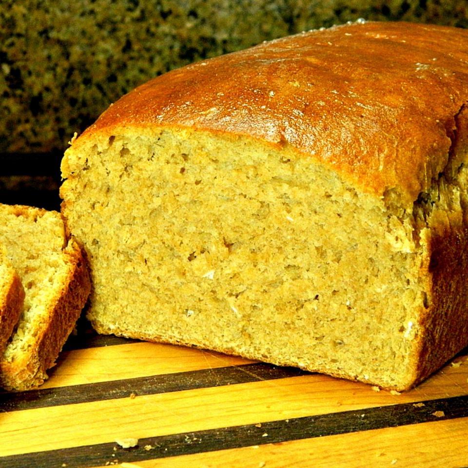 Honey Wheat Oat Flour Bread Machine Bread Marianne