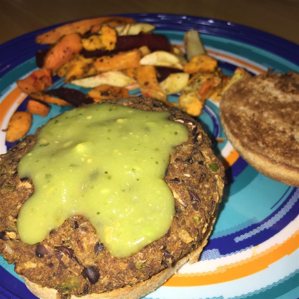 Homemade Black Bean Veggie Burgers JillyEnFuego
